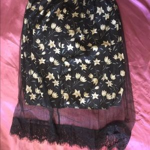 Floral Lace Skirt w/ silky fabric under mesh&lace